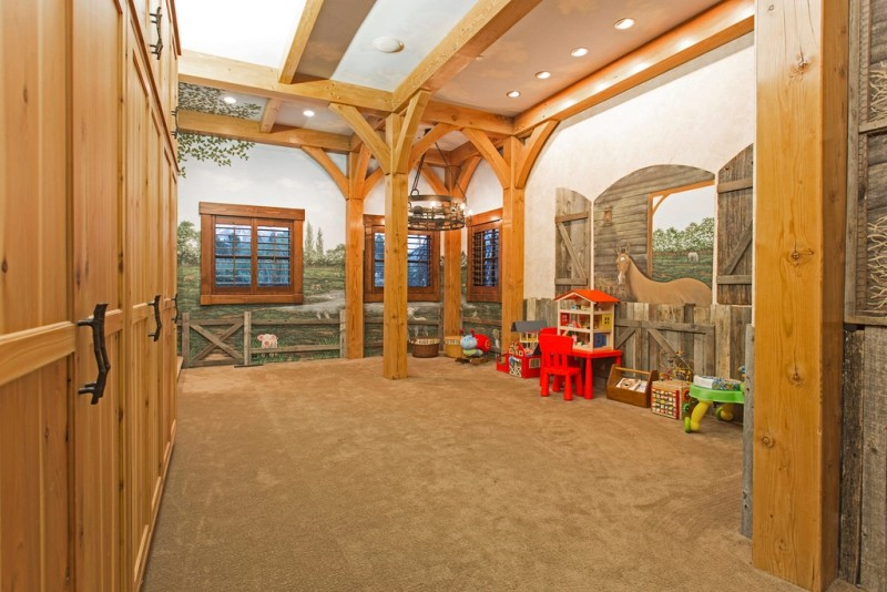 Barn-Mansion-For-Sale-Geneva-Rd-Orem-Utah-18-e1454007738873