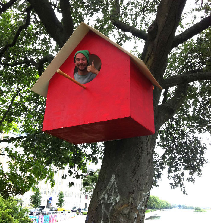 I-made-3500-birdhouses-from-scrapwood1__700