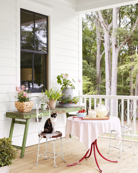 porch-house-bistro-table-0516